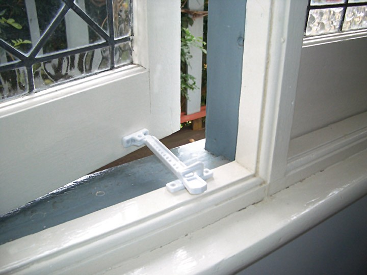 Window Locks Alphaglass Llc Ajman Dubai